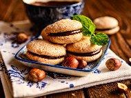 Рецепта Baci di dama – италиански слепени сладки с течен шоколад и лешници